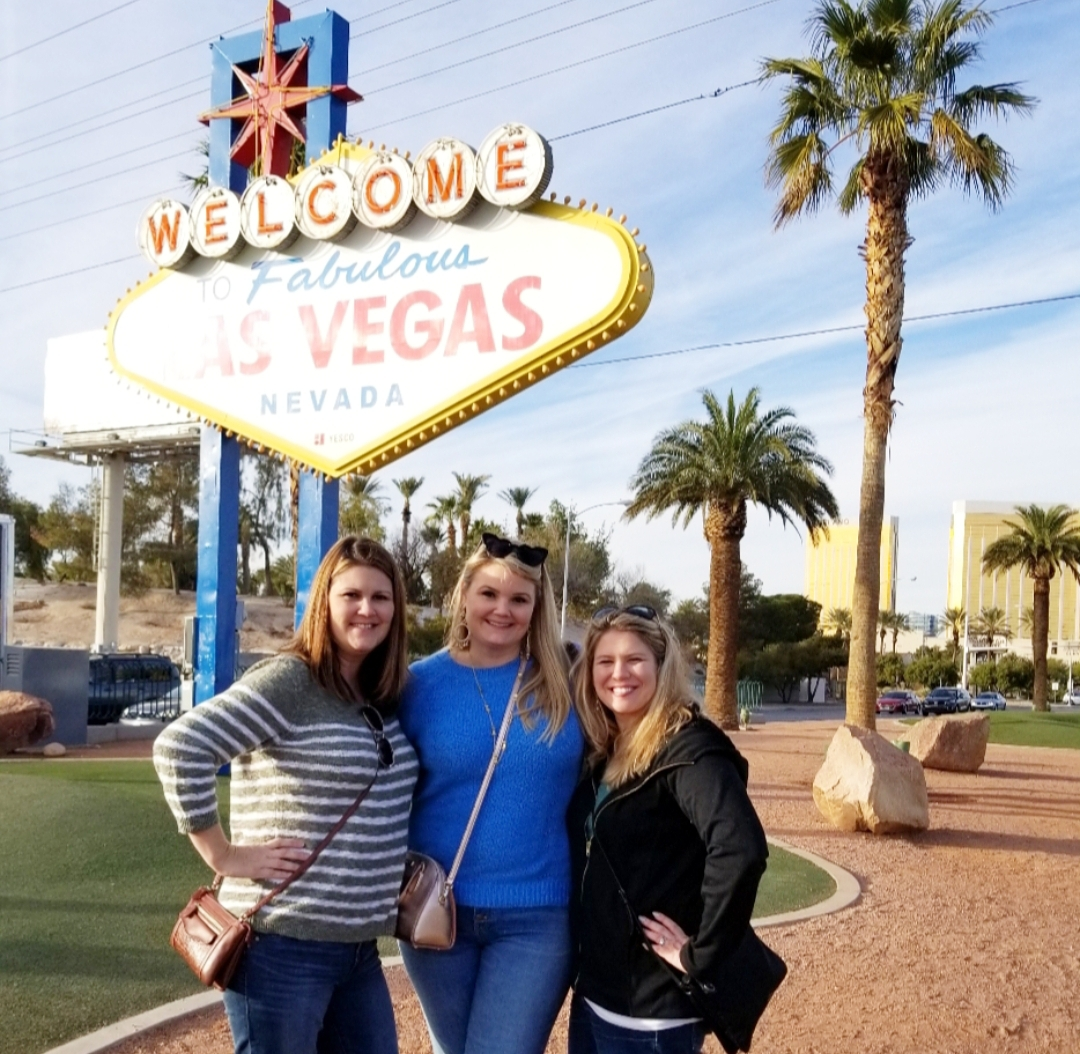 Las-vegas-travel-guide-fabulouslyoverdressed