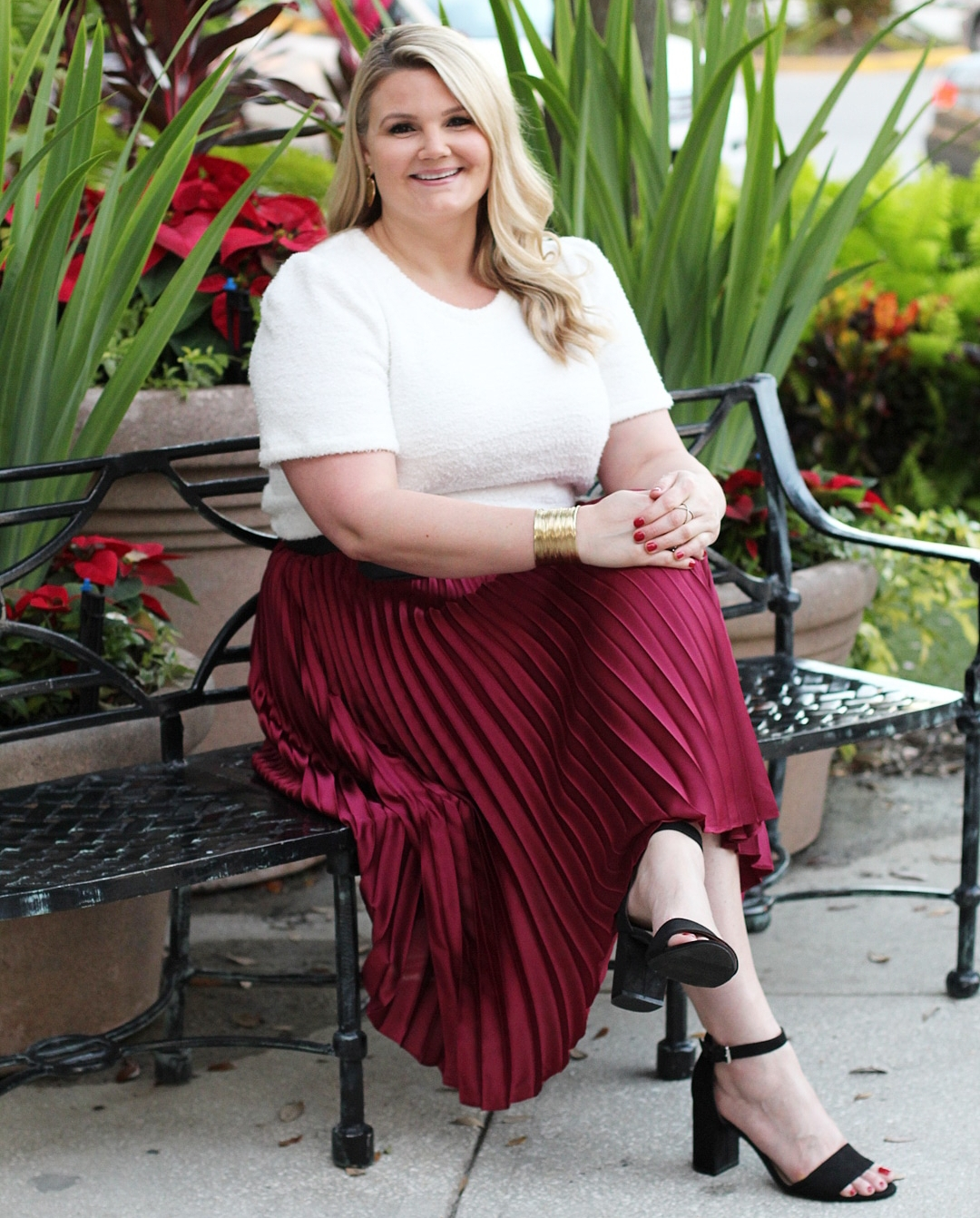 1.State outfits featured by top Orlando fashion blog, Fabulously Overdressed: image of a woman wearing a 1.State pleated skirt