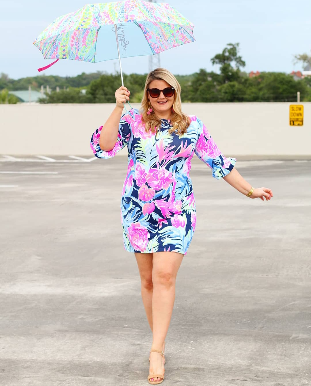 Orlando blogger Emily of Fabulously Overdressed shares her tips for self tanning at home